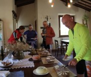 tuscany tour pienza cheese tasting