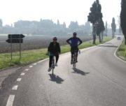 cycling tuscan wineyards