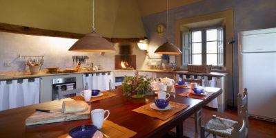 tuscan villas kitchen