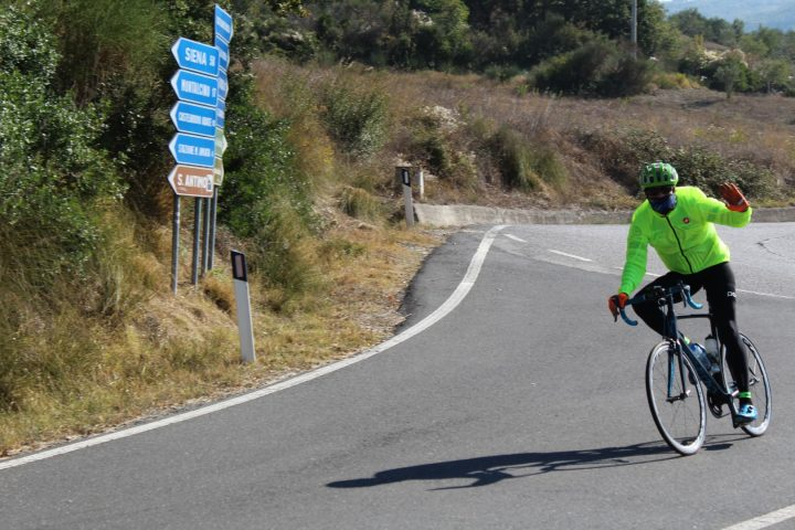 cycling val d'orcia
